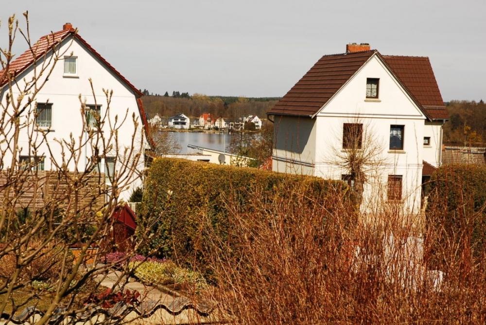Garten mit Seeblick.png